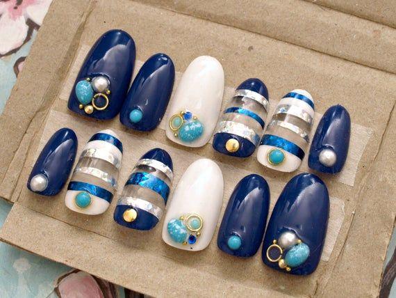 Gelnagels, marine, zomer nail art, marine, turkoois, parel, strepen, strandnagels …
