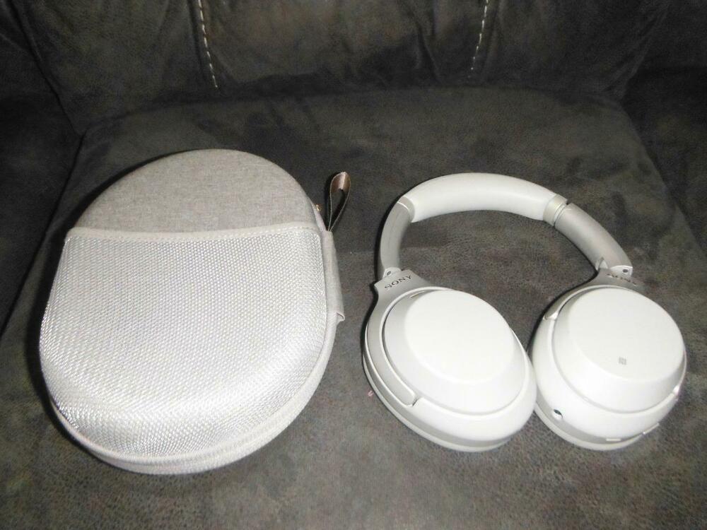 b850015bfc1 Sony WH-1000XM3 On-Ear Wireless Noise-Canceling Headphones SILVER ( 74 Bids  )