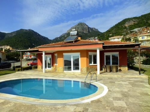 Das Haus bietet 125 qm  ein geräumiges Wohnzimmer mit offener - whirlpool im wohnzimmer