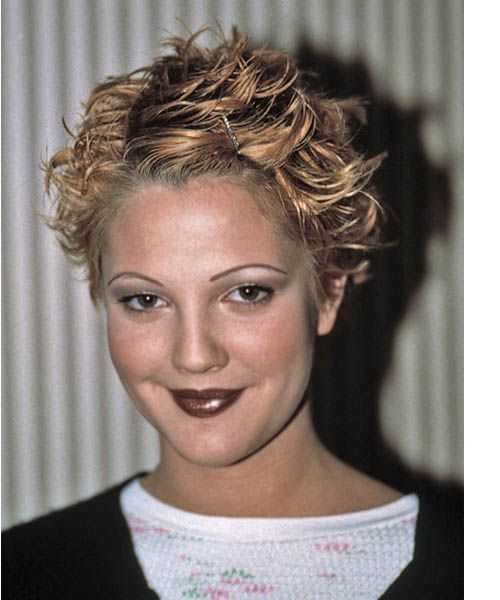 Drew Barrymore Short Wavy Hairstyle Short Hair Styles
