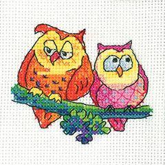 Pair of Owls(GSPO1340) New cross stitch card kit designed by Karen Carter for Heritage Crafts. The design uses full cross stitches only so may be suitable for beginners depending on their ability. Could be stitched for a variety of occasions - just write your message inside the card provided. Contents: 14 count aida fabric, cotton threads, chart, needle, full instructions, card and an envelope. Design size: 8cm x 7cm *Please allow upto 7 working days for dispatch...