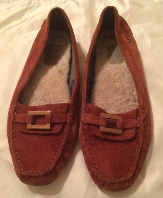 7354e97c894 UGG SUEDE ABROAD DRIVING MOCCASIN LOAFER SHOES STYLE 5768 WOMENS 8.5 ...