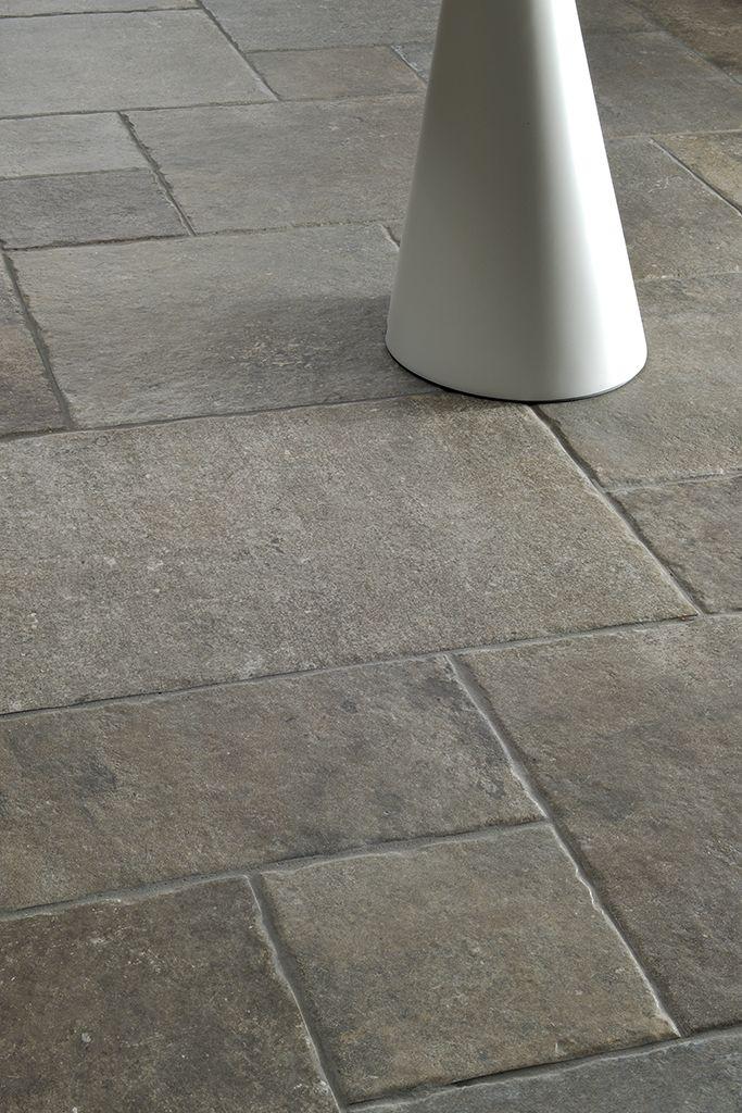 Loire coem ceramiche e piastrelle in gres porcellanato for Idee per pavimenti esterni economici