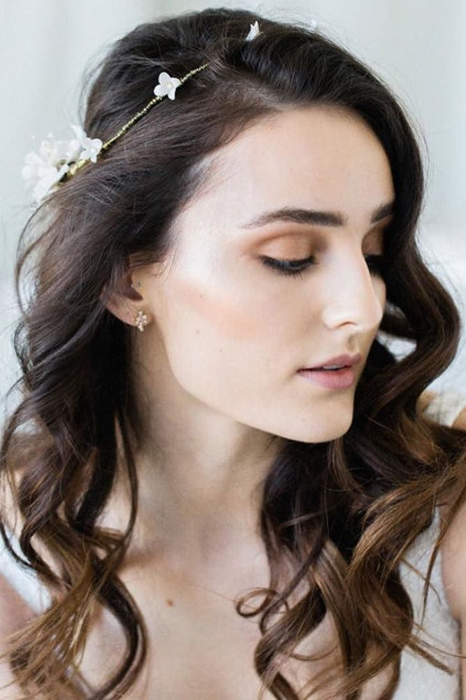 30 Captivating Wedding Hairstyles For Medium Length Hair ...