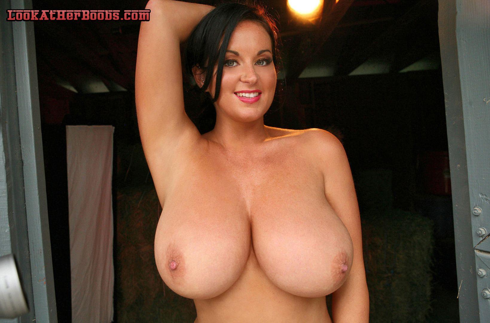 She love big cocks