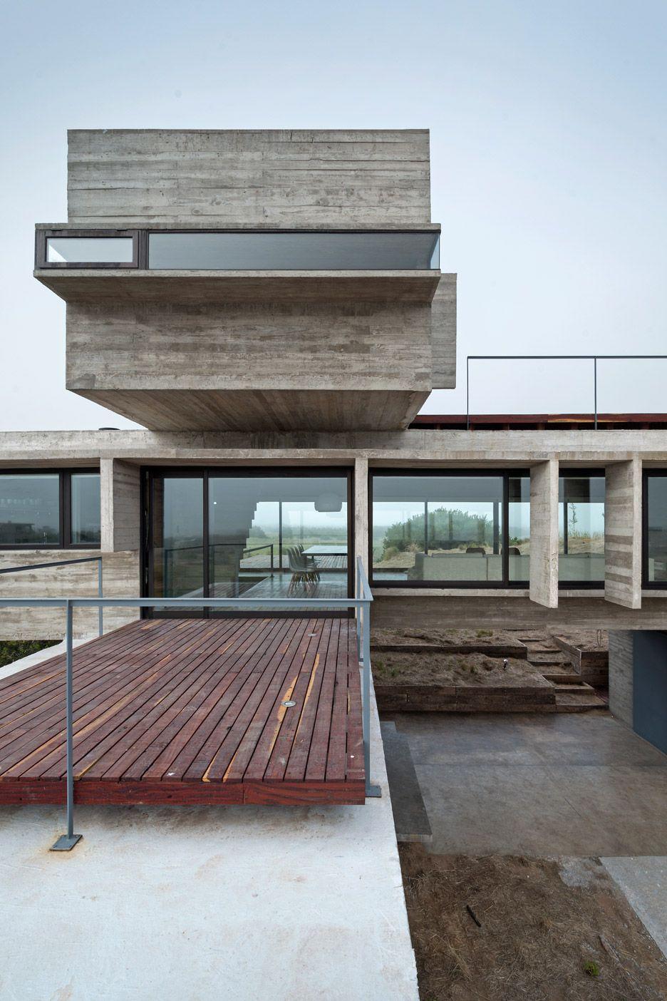 Casa Golf by Luciano Kruk comprises three