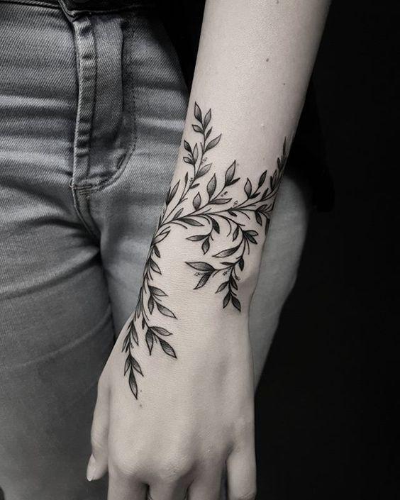 50 eye-catching lion tattoos that make you want to ink #diytattooimages Inkspirat …