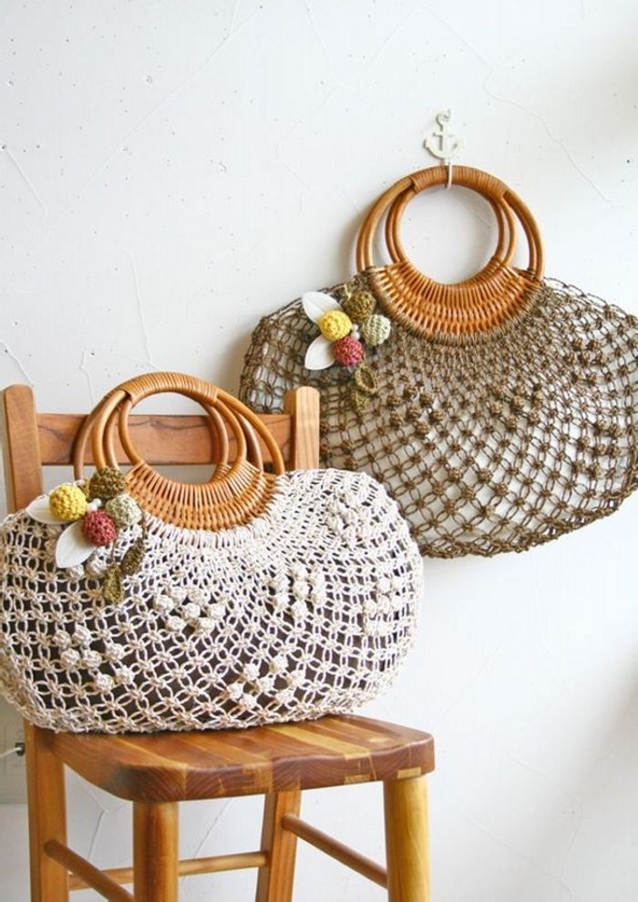 macramé technique, sac à main femme, chaise en bois, noeud macramé
