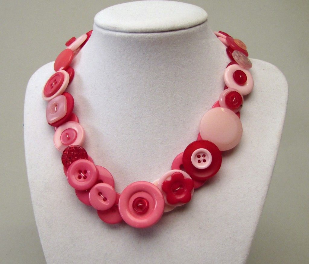 Jewelry Making: Button Necklace   Button necklace, Button button ...