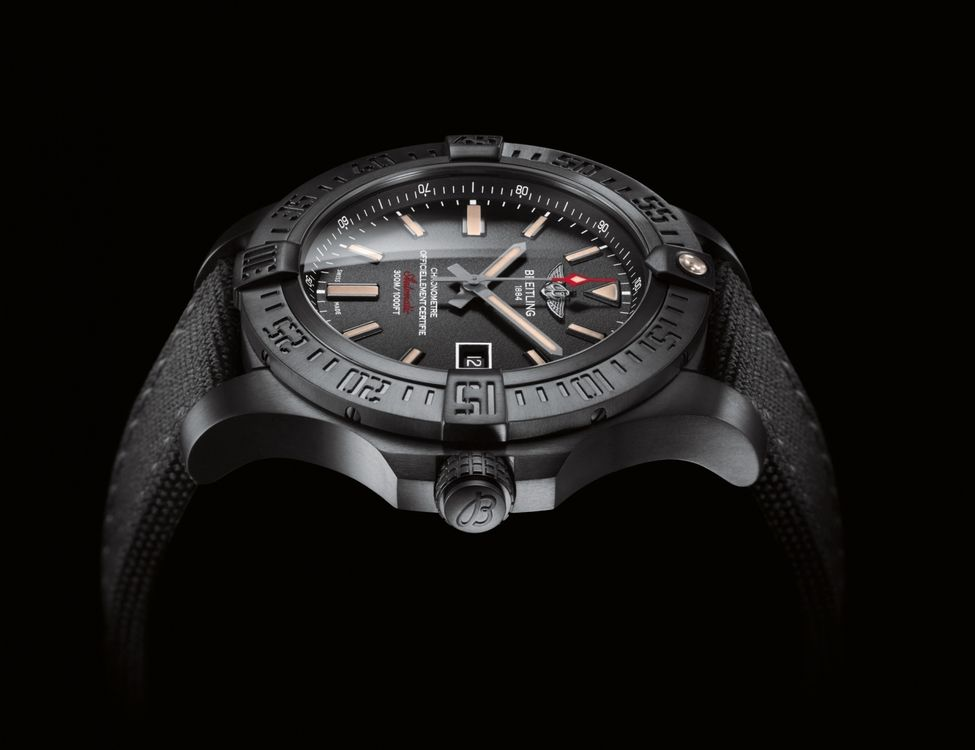 Avenger Blackbird - Breitling - Instruments for Professionals