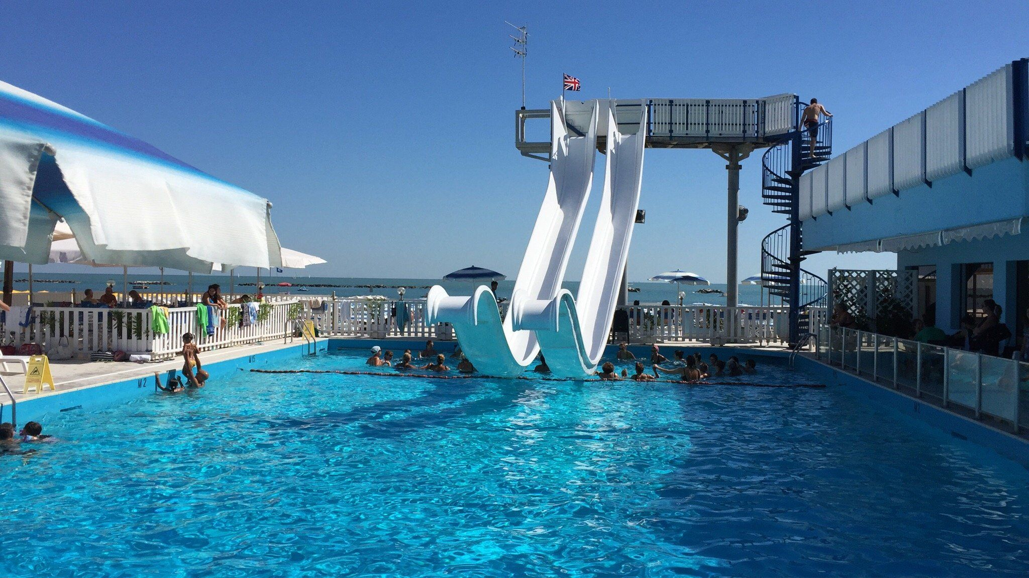 Bagno Piscina 4 Venti 59/60 Trip advisor, Travel, Marina