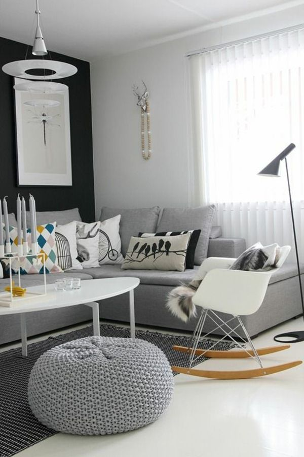 Graues Sitzkissen als Dekoration für das Wohnzimmer und - farbgestaltung wohnzimmer grau