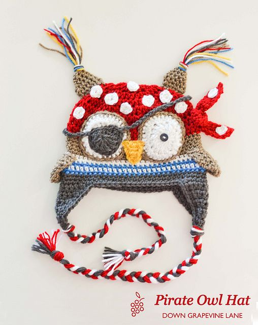 pirate owl hat...no pattern just cute! | Wings | Pinterest | Gorros ...