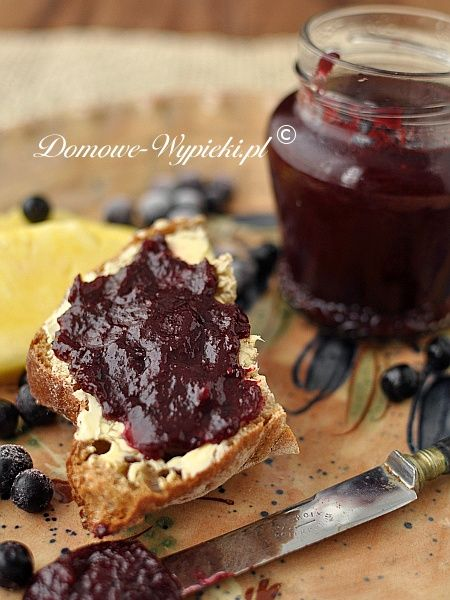 Pineapple and chokeberry jam