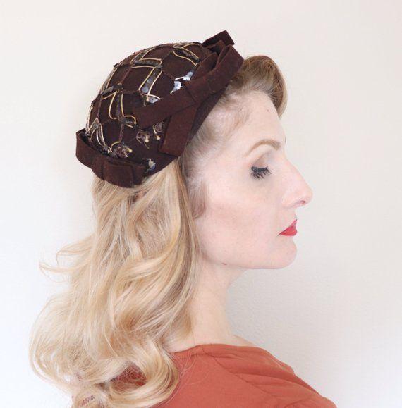 0e2dab11e97f Vintage 1930s Hat / Capulet / Brown felt / Sequins and Bows / Juliet cap