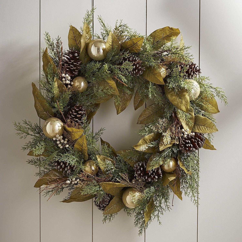 Noble Green Leaf Wreath Leaf wreath, Wreaths, Christmas
