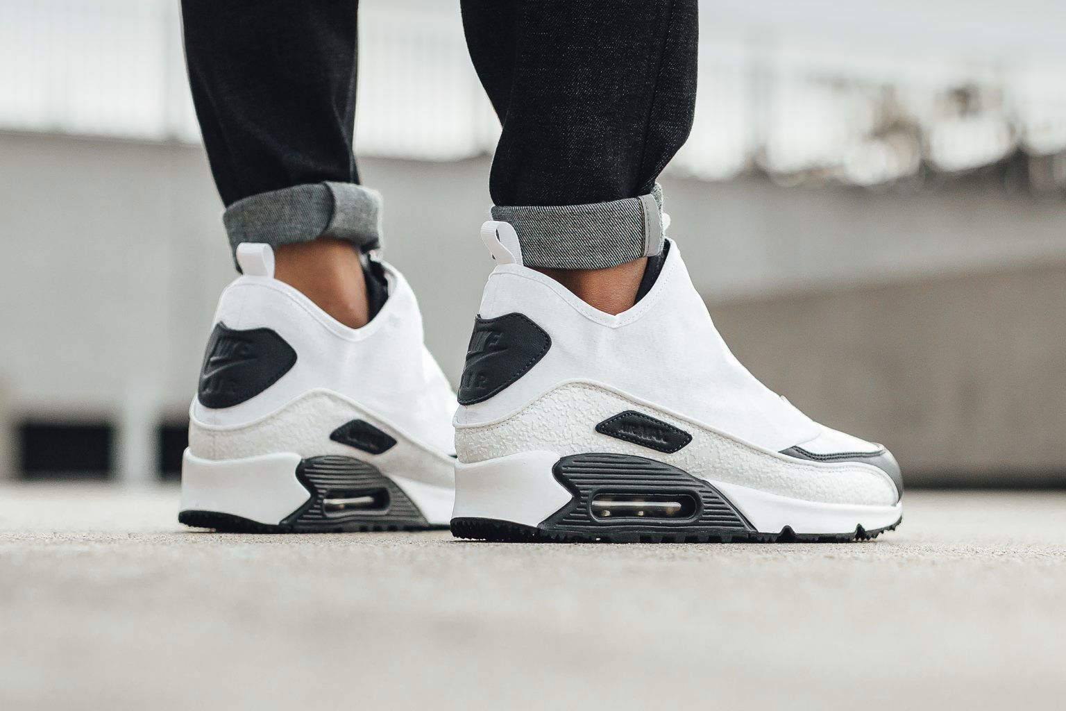 nike air max thea black and white hypebeast