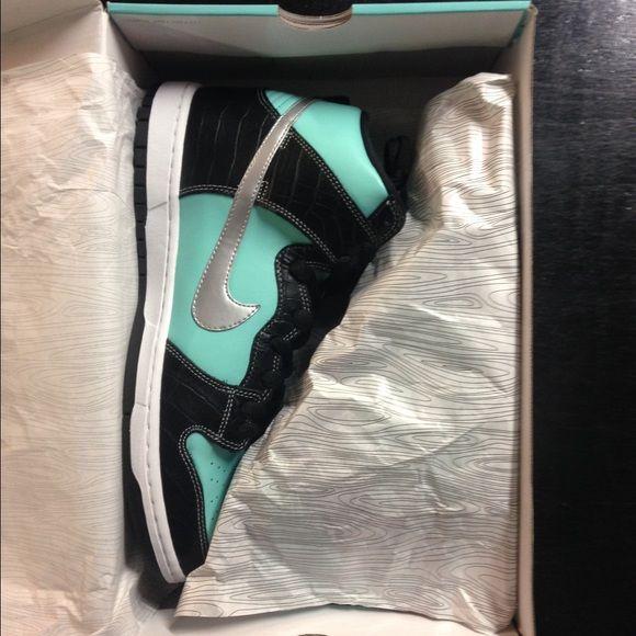 the latest dc226 d51fd Nike SB Diamond collab