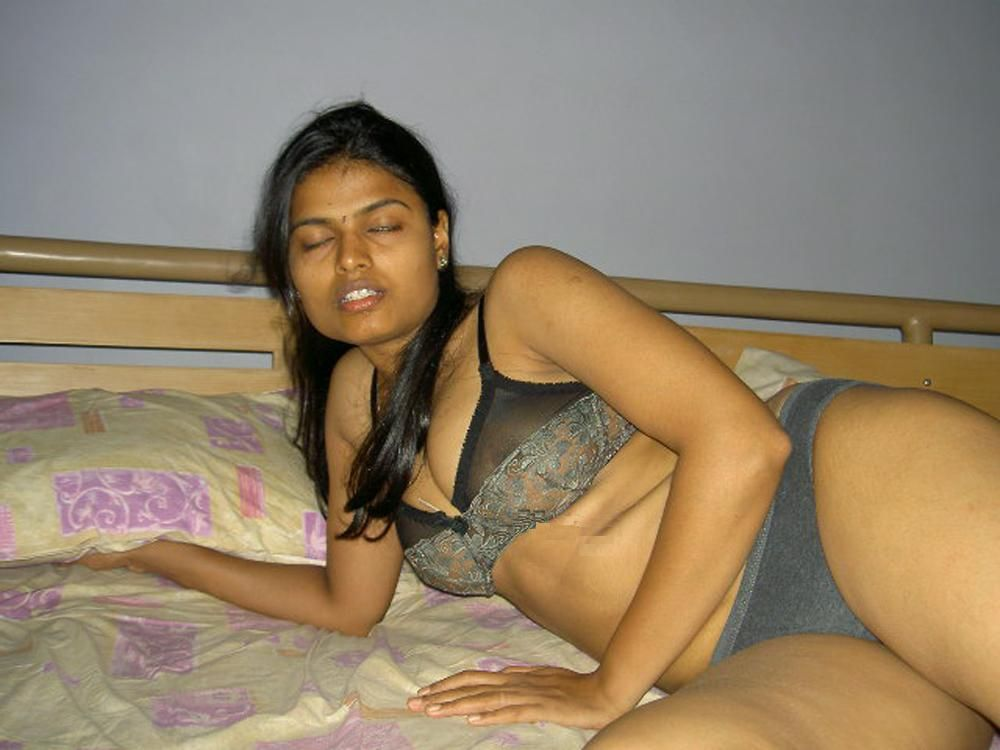 Indian girls having sex videos-8800