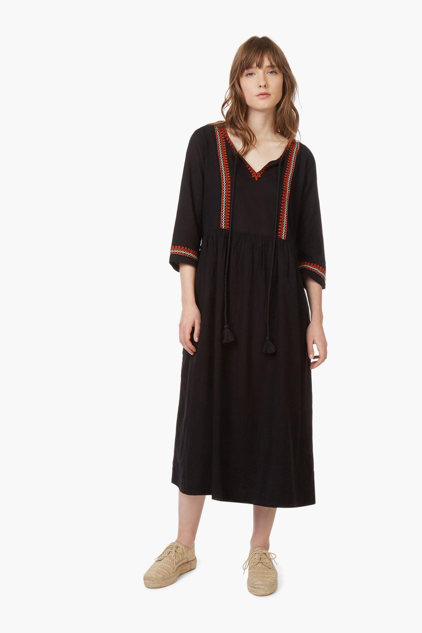 05e4a47b08824 Monoprix - Robe Longue Manches Longues Avec Encolure Brodée - Femme ...