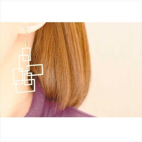 片耳タイプの幾何学模様ピアス 四角形の - shikaku - モチーフ  樹脂ですが少し柔らかく丈夫な素材です。 レーザーカット後塗装しております。  ※イヤ