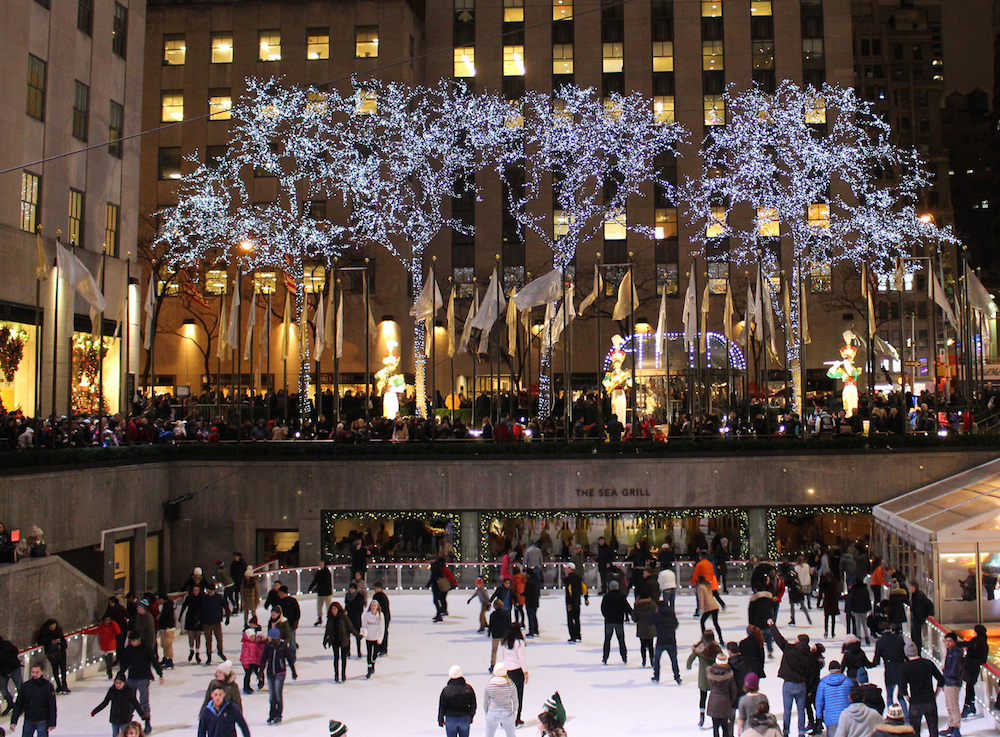 A Brief History of the Christmas Tree in Rockefeller Center | Rockefeller center, Christmas tree ...