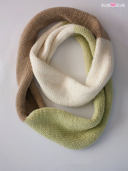 Compatto Cowl {free knitting pattern} ewe ewe blog