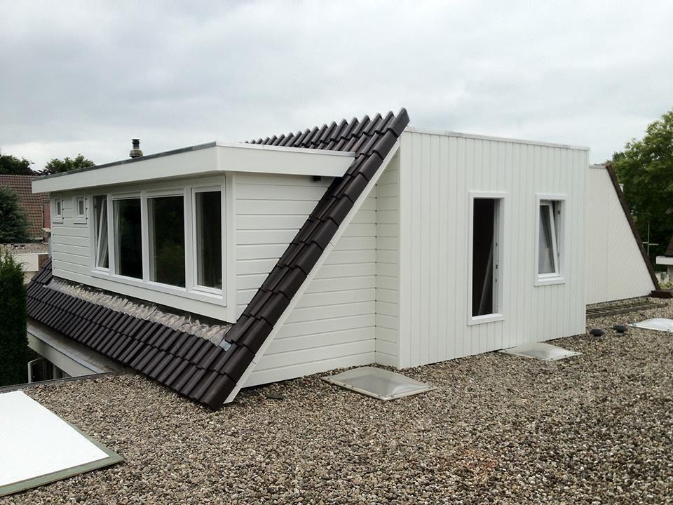 Zeer mooie dak opbouw inclusief een dakkapel volledig kunststof