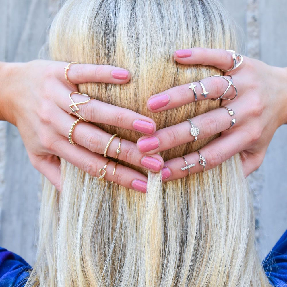 gold rings on one hand and silver on the other // love the mix of ...