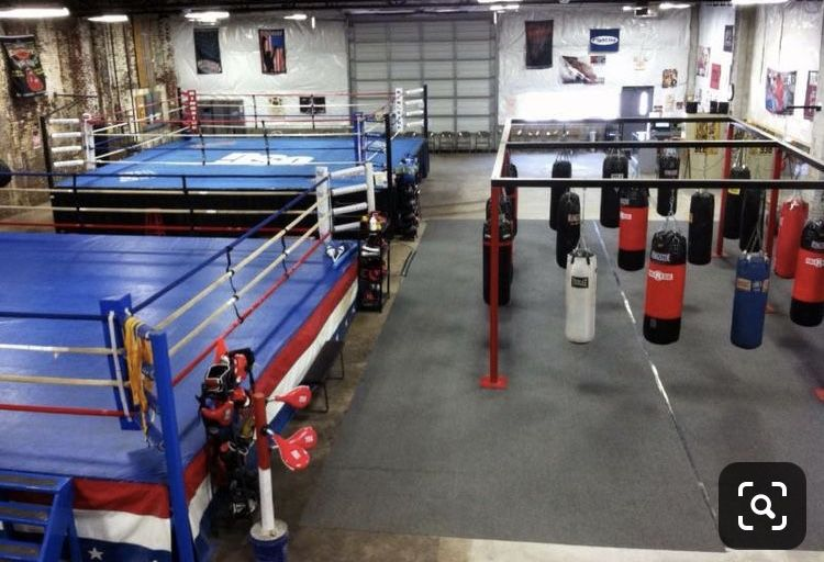 Pin By Leah Lakey On Gimnasio Boxing Gym Design Mma Gym Boxing Gym