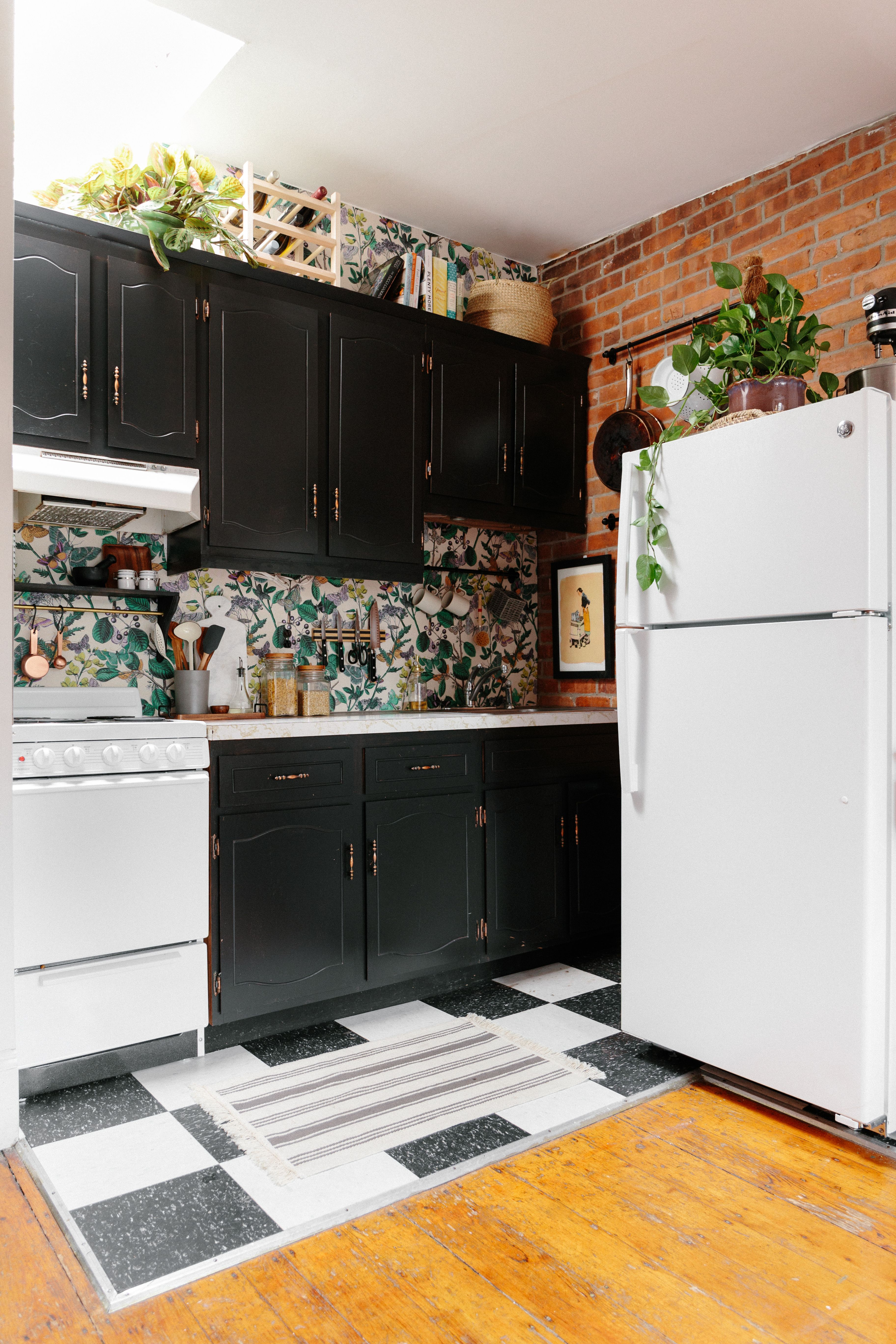 Tara S Budget Al Remodel 300 Later This Kitchen Is No Longer Recognizable