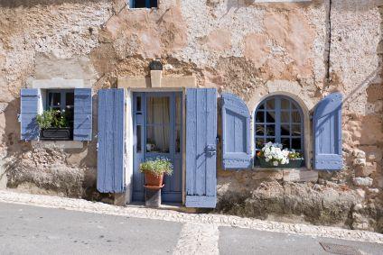 Mort Au Bleu Lavande Bienvenue Chez Moi Blue Shutters Shutters