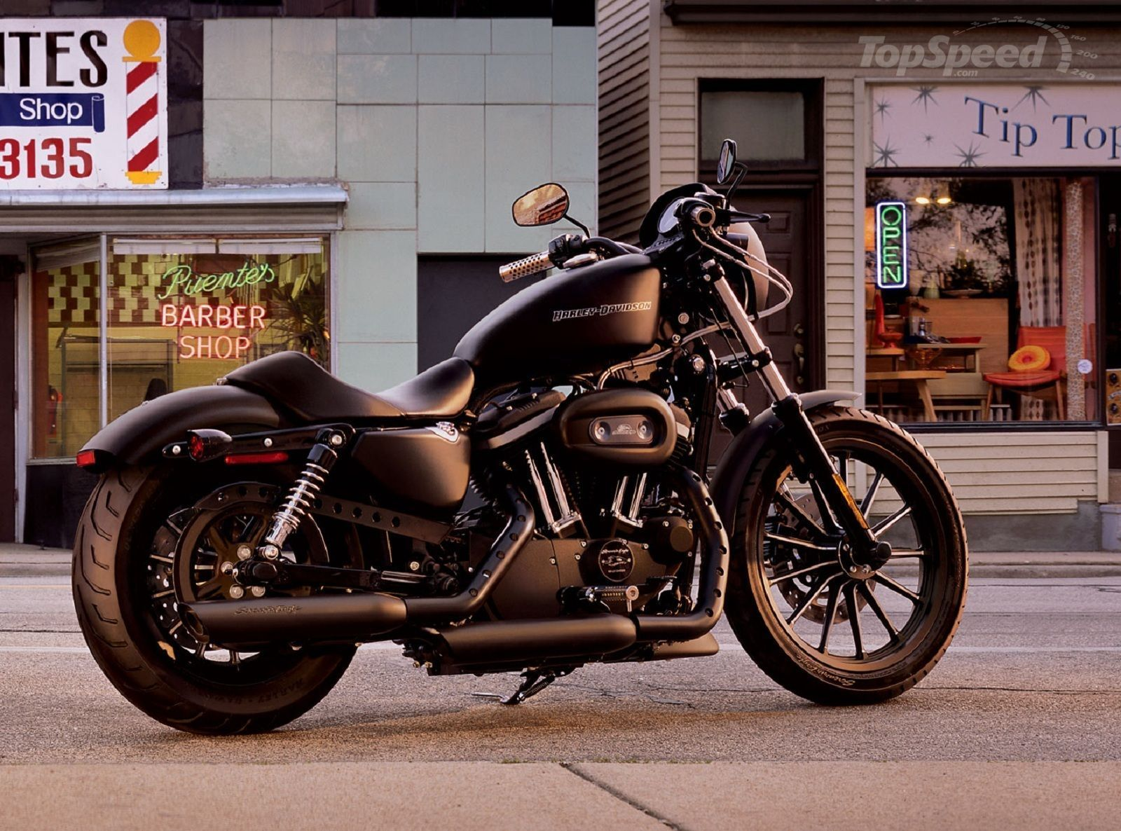 The 2011 harley davidson sportster iron 883 is an amazing way to get started with a custom motor bike from the authentic harley