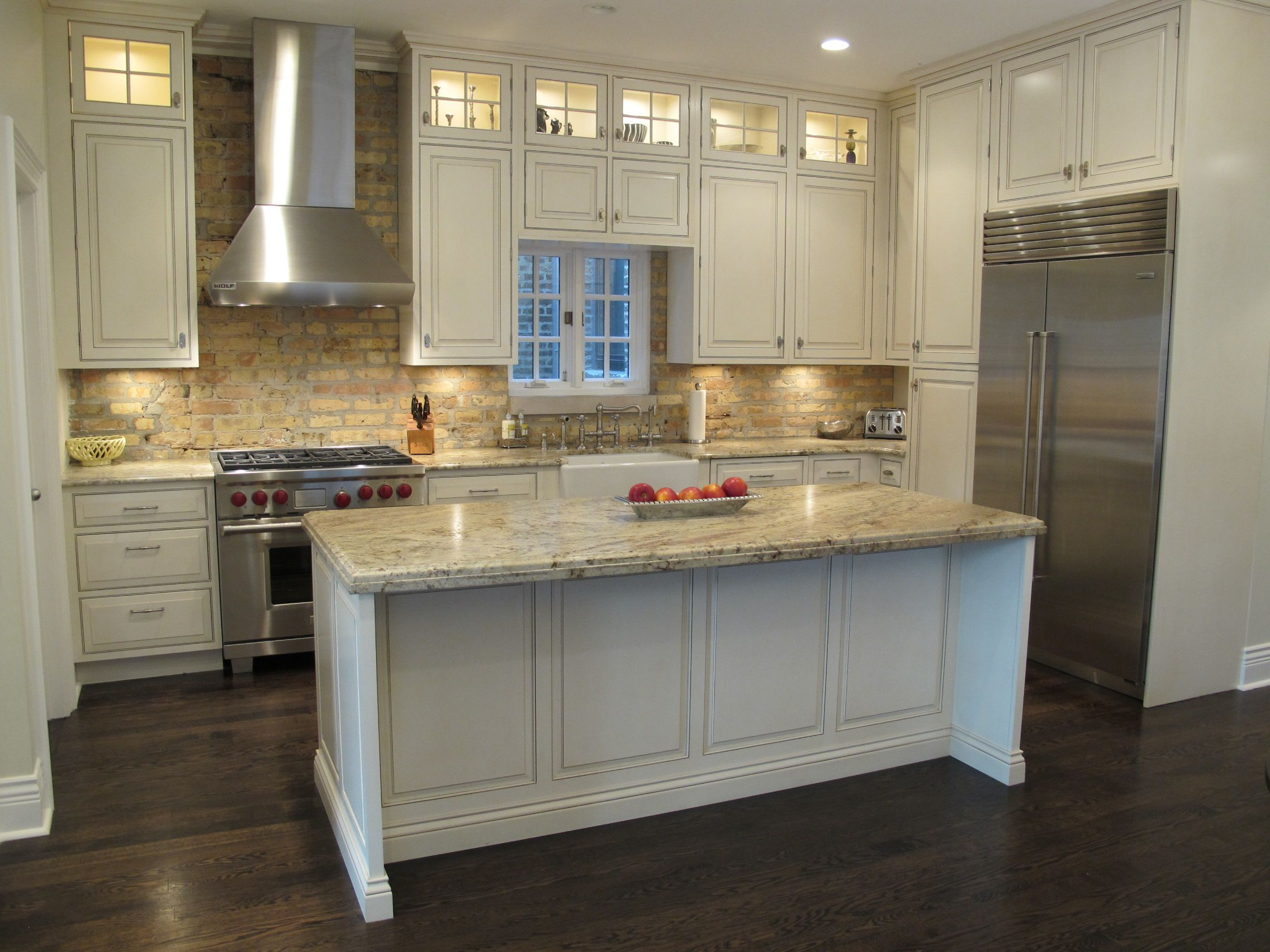 A Few Of Our Favorite Kitchen Design And Bathroom Design Projects From Dresner Design In Chicago Il Timeless Kitchen Brick Backsplash Kitchen Kitchen Remodel