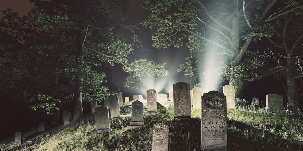 25 Ghost Tours Across America That Aren't for the Faint of