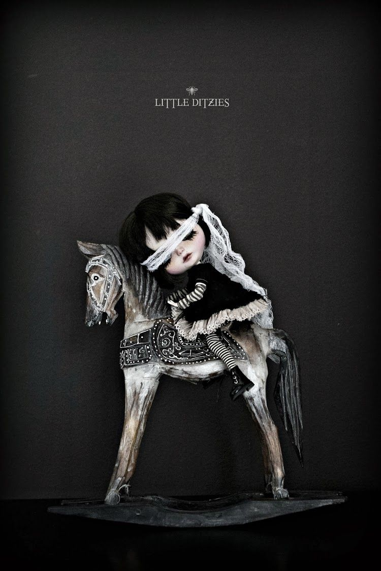 #LittleDitzies