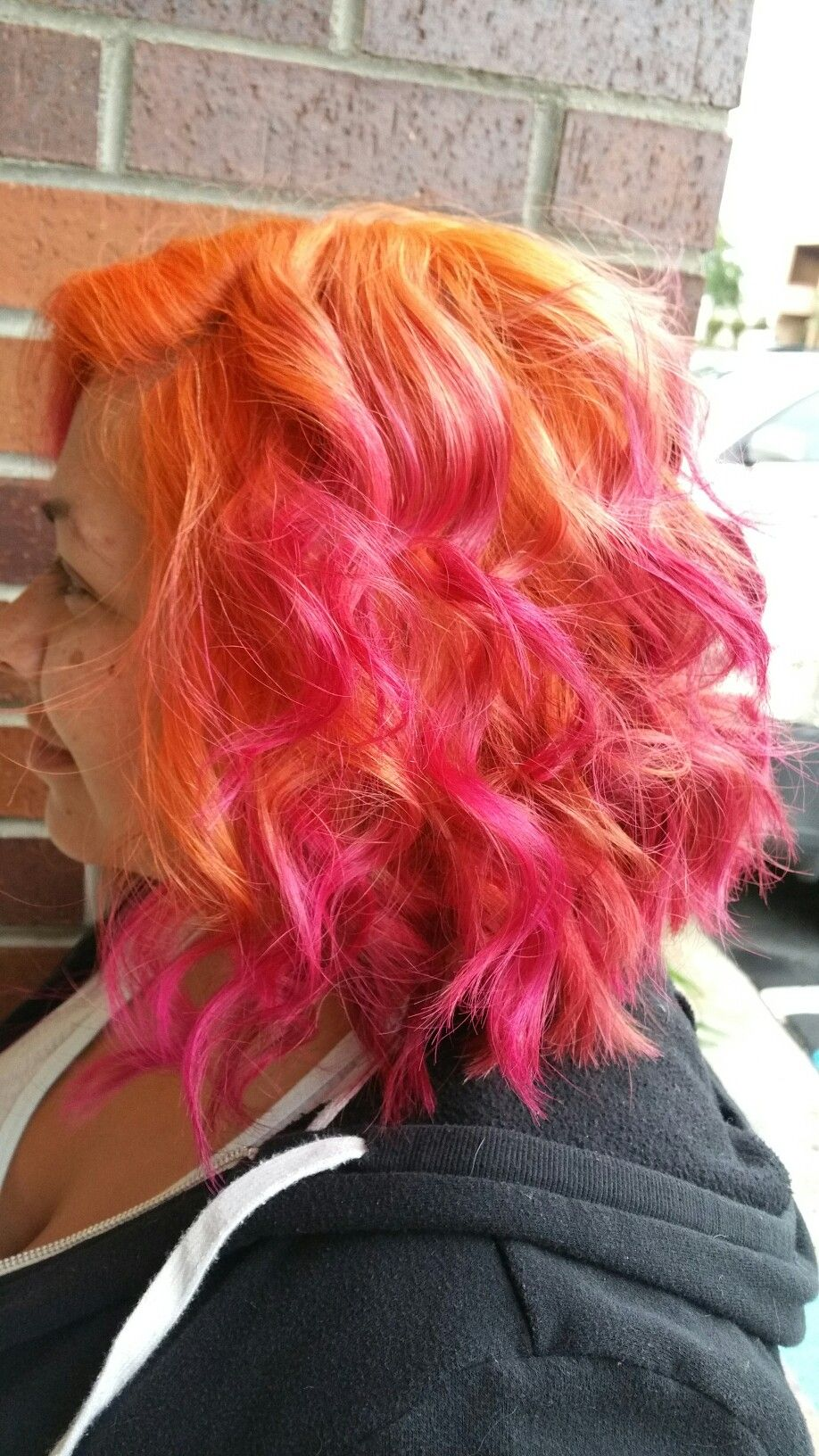 Jamie S Hair Design And Day Spa Pink And Orange Hair Hair Designs Pink Short Hair