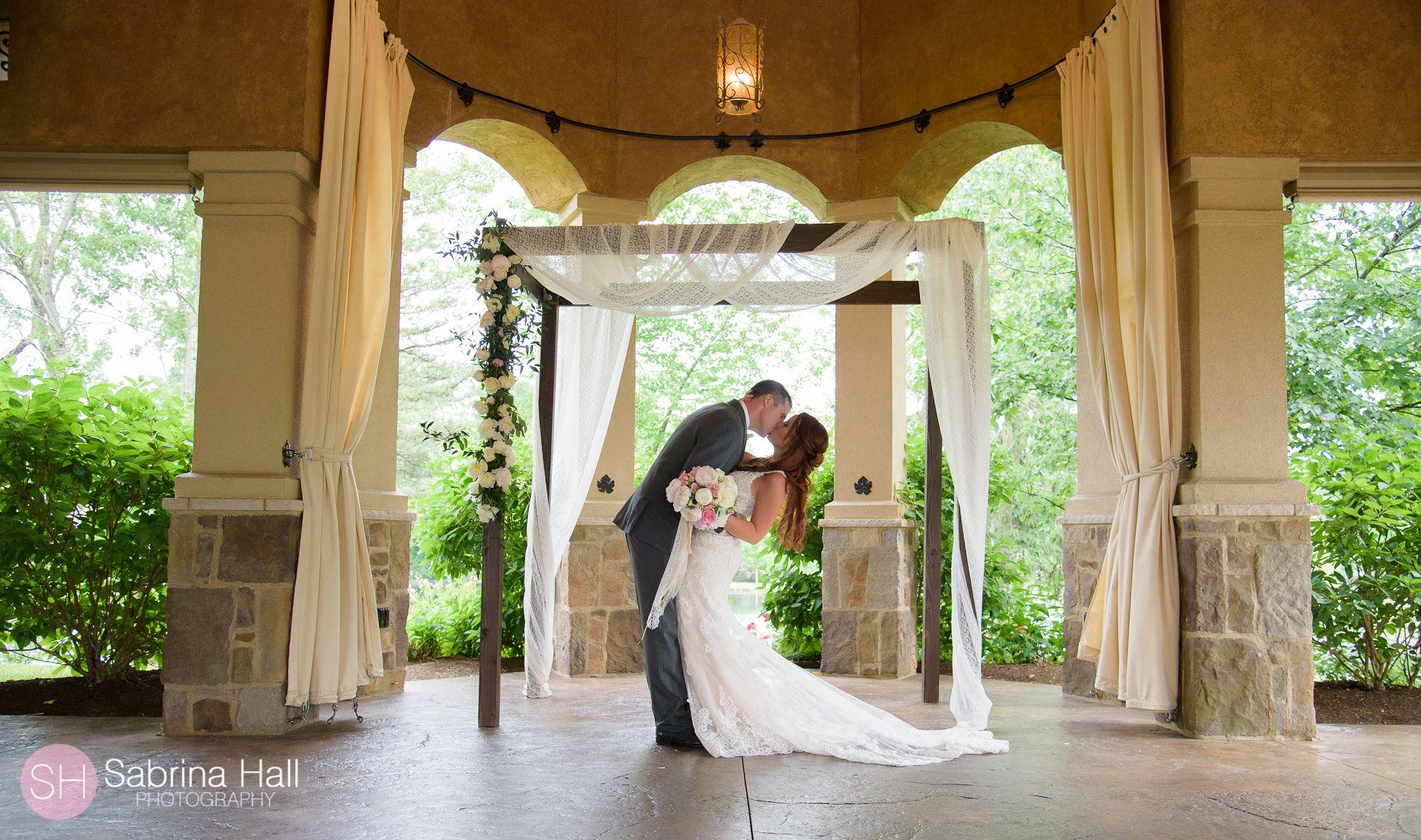 Gervasi Winery Natural Photoshoot Ideas Vineyard Wedding Wedding Wedding Entertainment