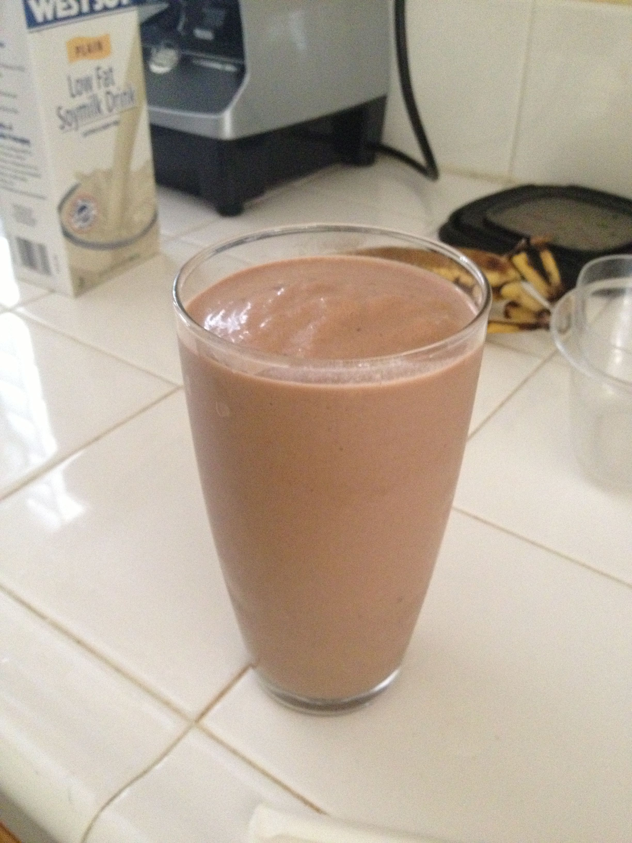 Healthy chocolate shake- Nutella, soy milk, chocolate protein powder, and bananas #healthychocolateshakes