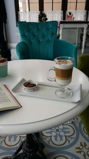 Latte at Brikka