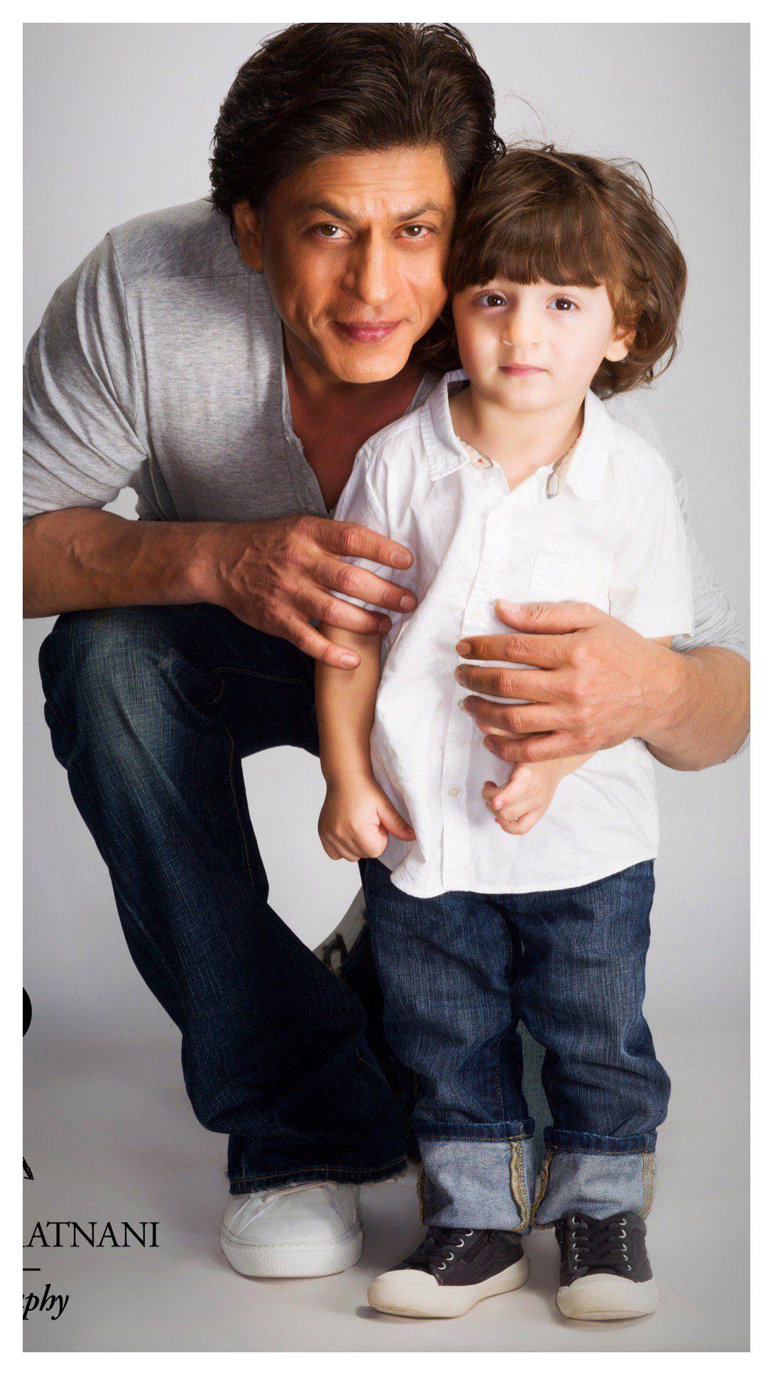 Shah Rukh Khan on Twitter   Shahrukh khan family, Shahrukh khan and kajol, Shahrukh  khan
