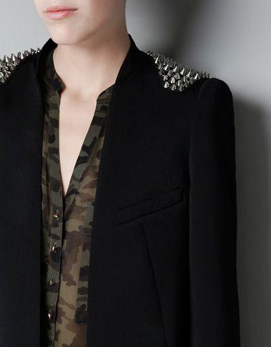 BLAZER APLIQUE PINCHOS HOMBRO ZARA España   love it   Moda