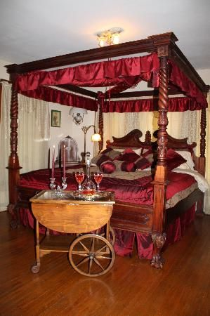 Allau0027s Historical Bed and Breakfast Spa u0026 Cabana South West Dallas (15 min & Allau0027s Historical Bed and Breakfast Spa u0026 Cabana South West ...