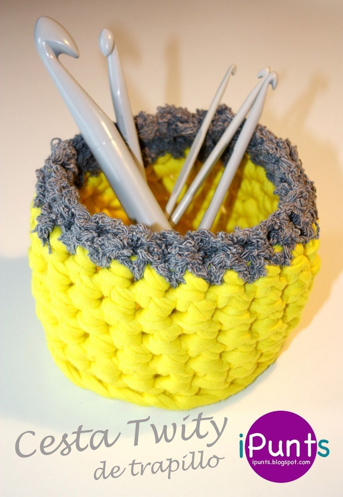 Tutorial Cesta de trapillo dos colores | crochet | Pinterest ...