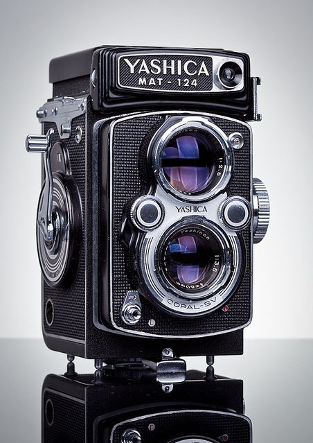 Yashica Mat 124g Tlr Camera Manual Vintage Camera Lens Vintage Cameras Vintage Film Camera