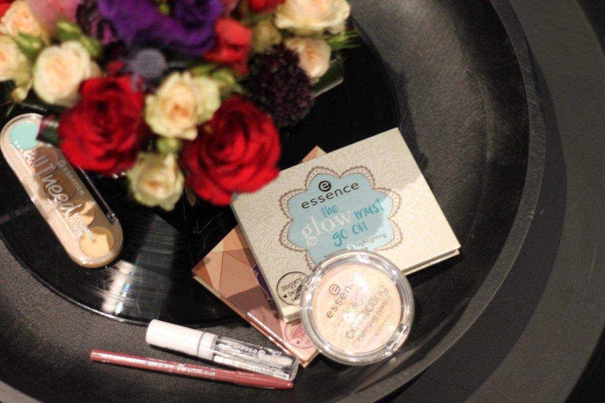 Essence Cosmetics S/S '17: Rock n' Doll