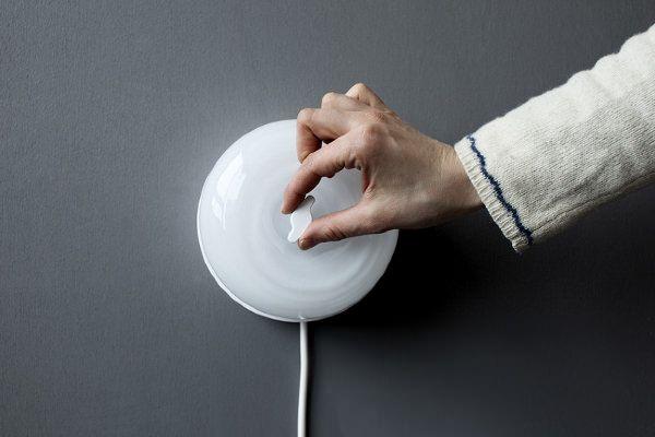 Switch lampe applique rétro par caroline olsson light applique