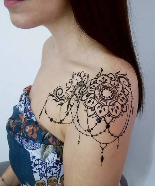 16 Of The Exclusive Lace Tattoos on Shoulder Every Girl Want To Have This Summer
