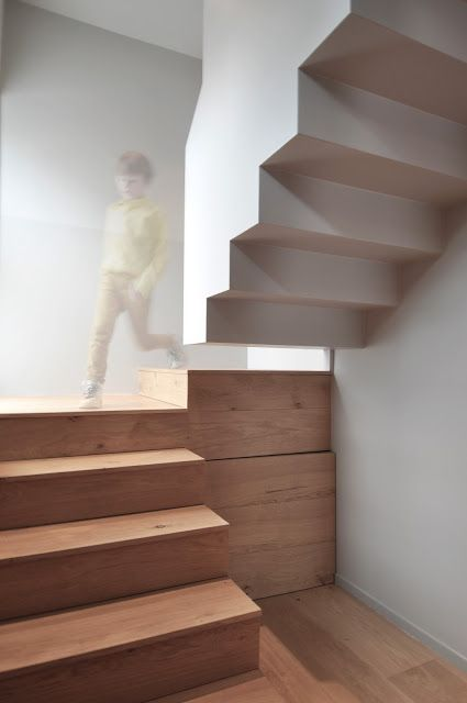 #stair #wood #floating #minimalistic #graphic