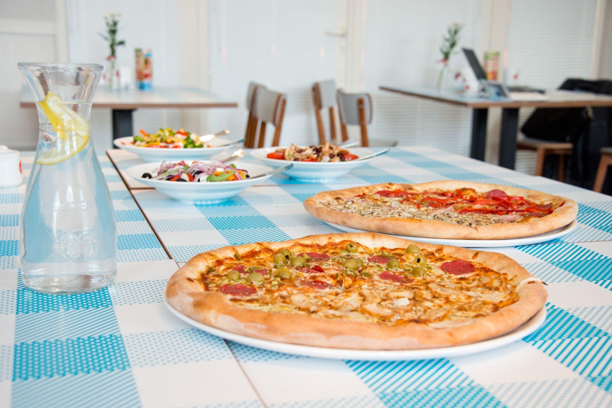 Having salami pizza in restaurant #recipes #food #cooking #delicious #foodie #foodrecipes #cook #recipe #health